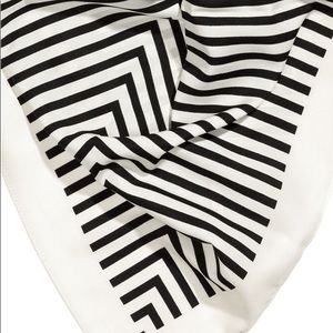 NWT H&M Large Black & White Striped Scarf